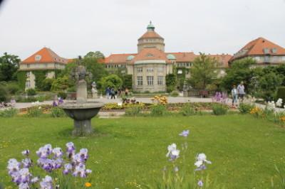 Main building at the Munich Botanical Garden